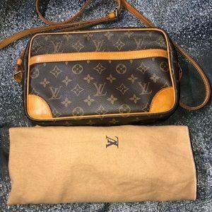 Louis Vuitton trocadero 27 pm vintage brown